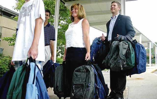 Book Bag Donations 4 es