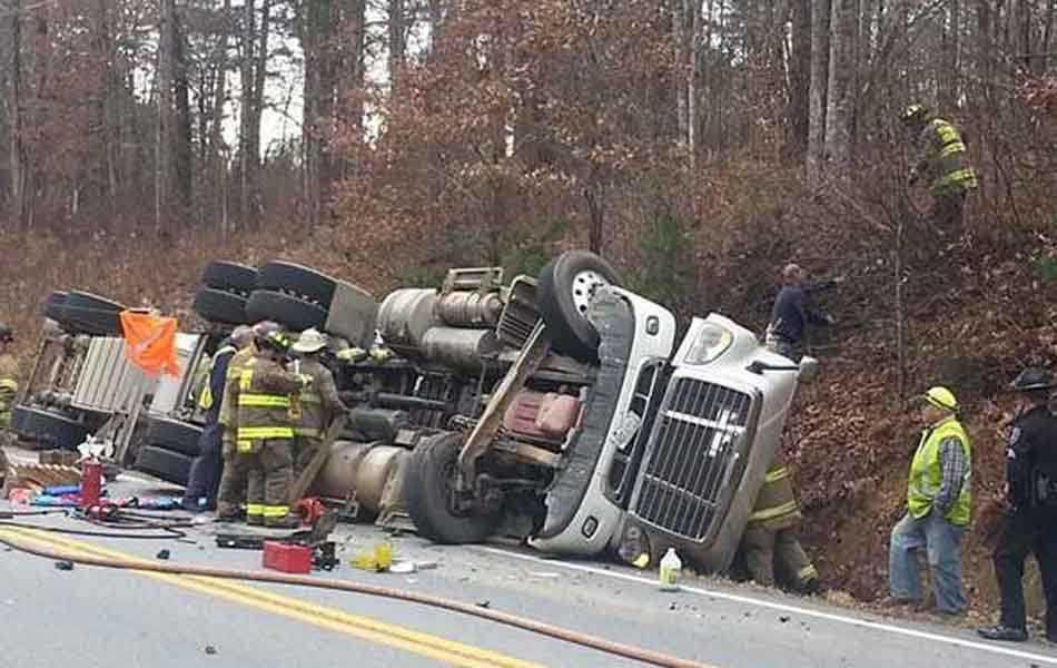 One killed in fatal crash on Highway 53 - Forsyth News