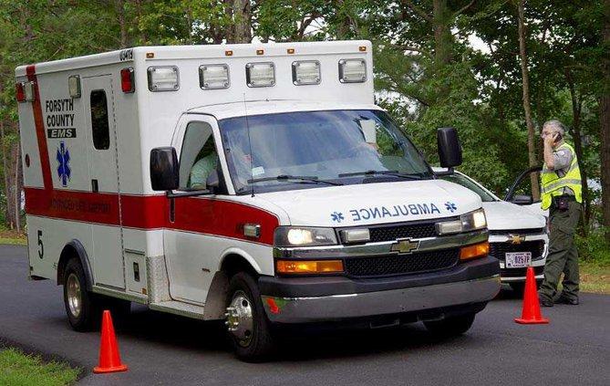 3WEB ambulance leaves
