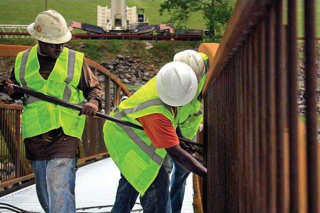 Dam Bridge Work 1 es