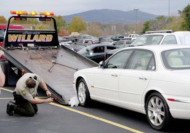 1WEB car-wrecker.jpg