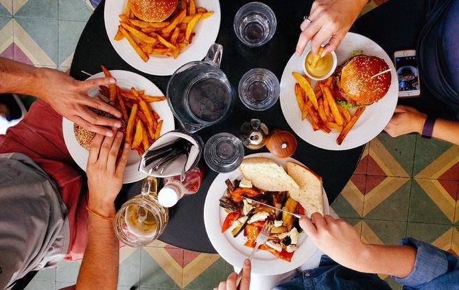 FCN Family Restaurant Eating 112118