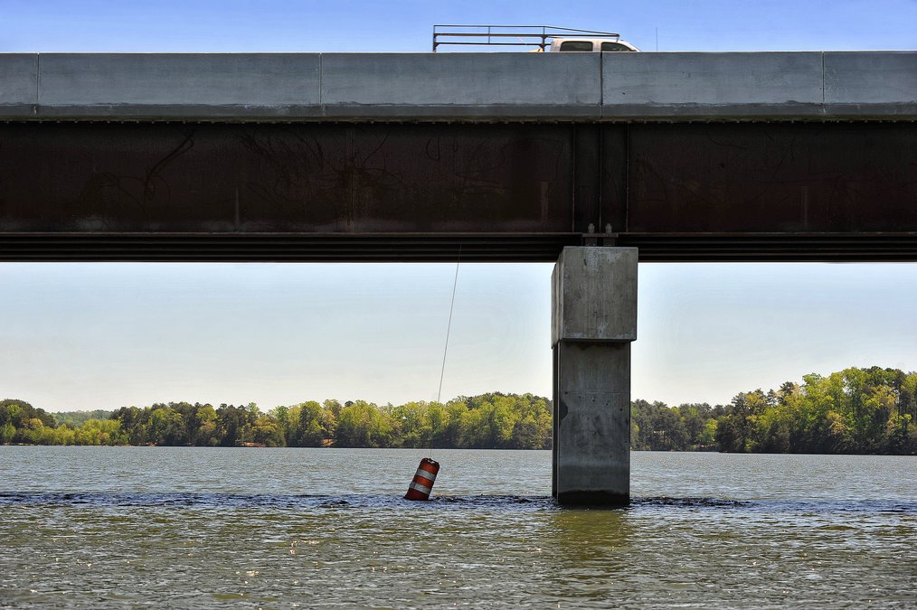 What's got boaters stirred up about new Lake Lanier bridge