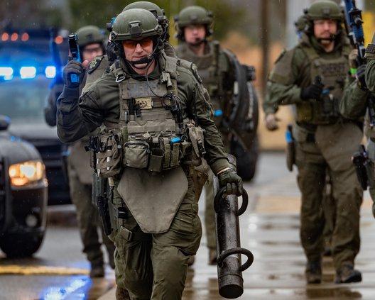 SWAT 5.jpg