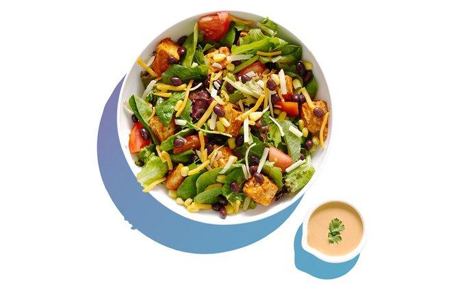 Salata Salad Kitchen 1 082819 web