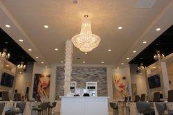 Universal Nails & Spa